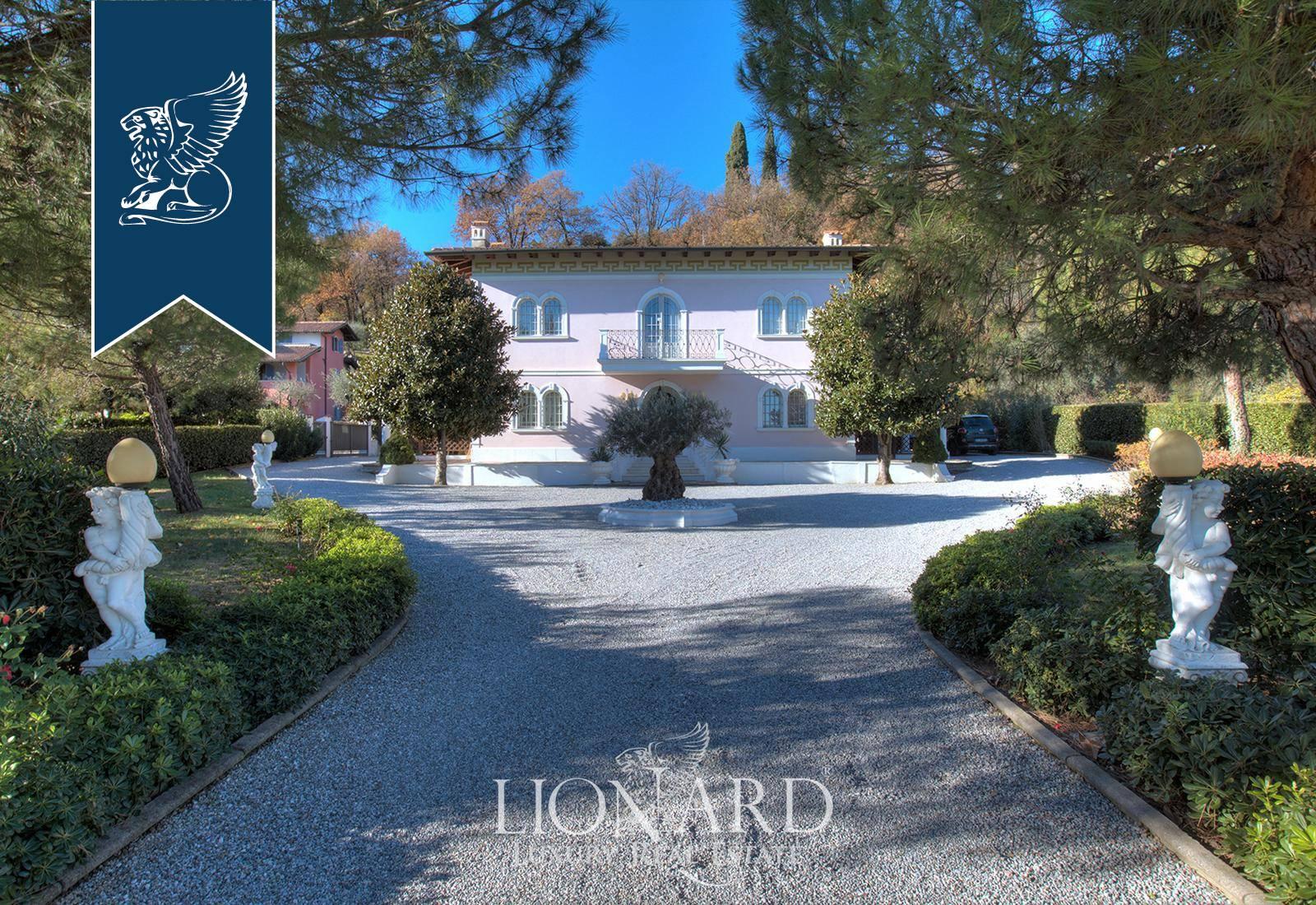 Villa in Vendita a Padenghe Sul Garda: 0 locali, 450 mq - Foto 1