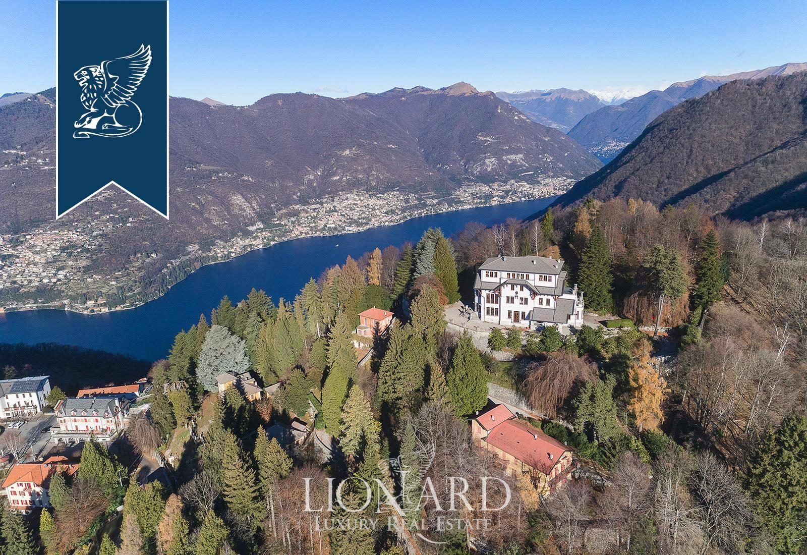 Villa in Vendita a Brunate: 1500 mq