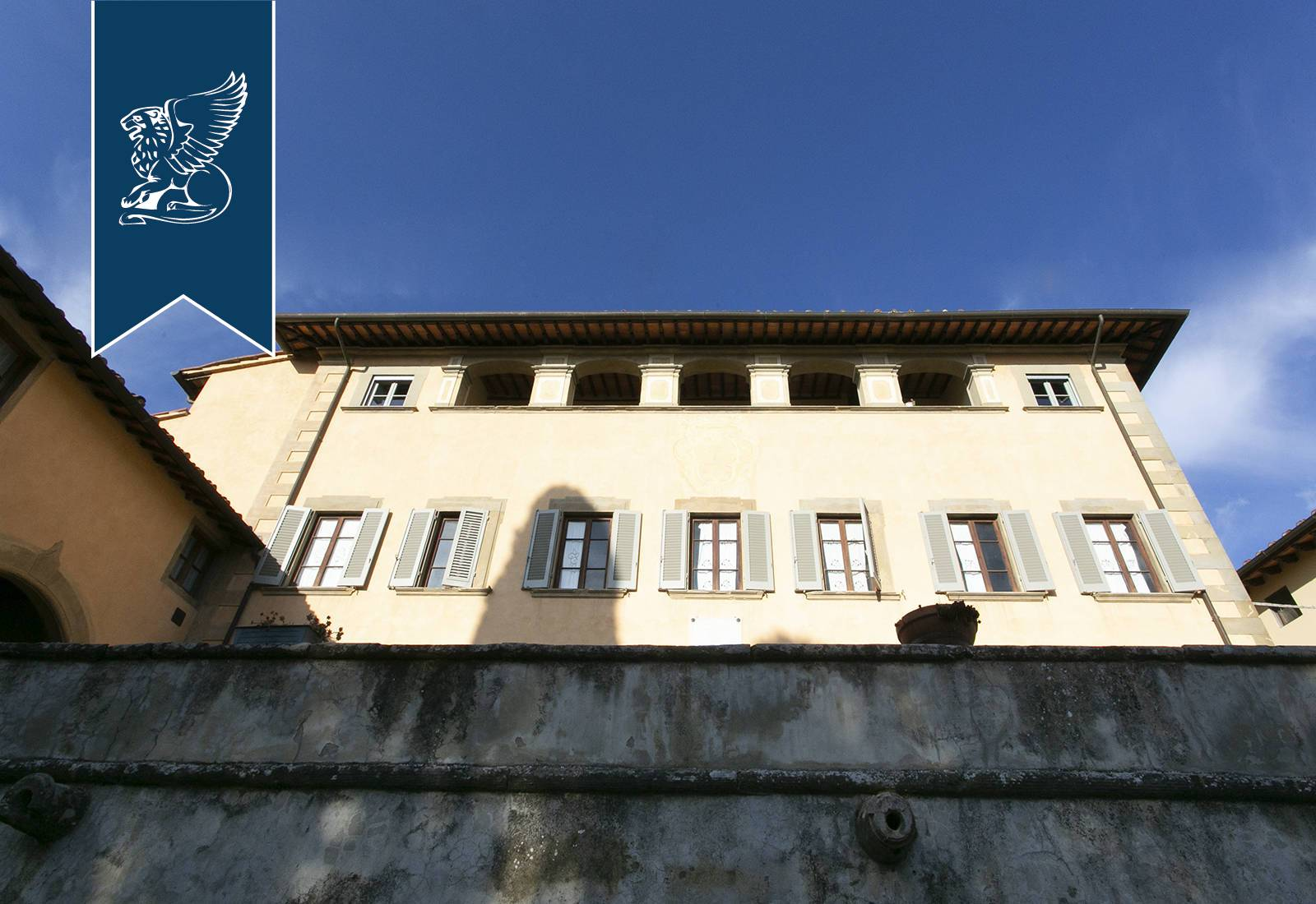 Villa in Vendita a Castelfranco Di Sopra: 0 locali, 900 mq - Foto 3