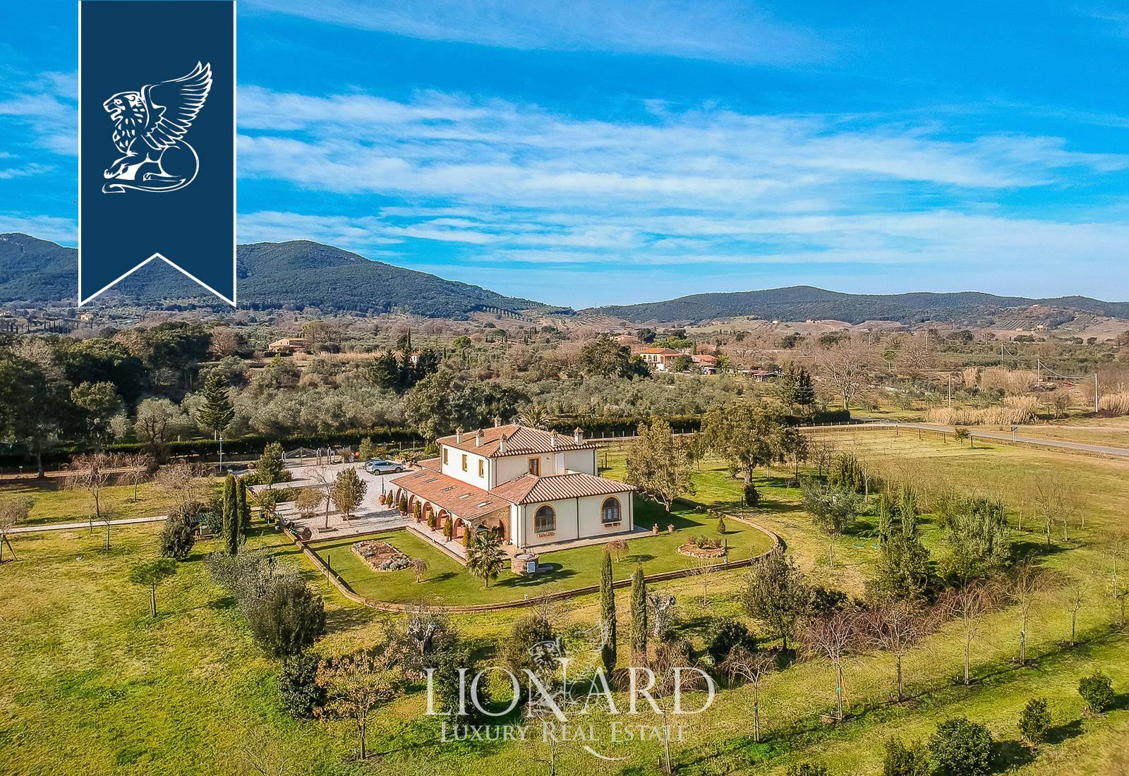 Villa in Vendita a Gavorrano: 400 mq