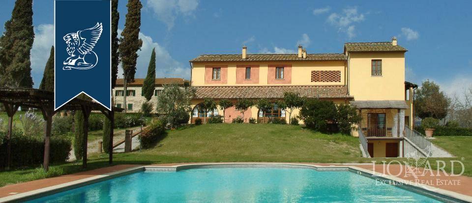 Villa in Vendita a Cerreto Guidi: 1600 mq