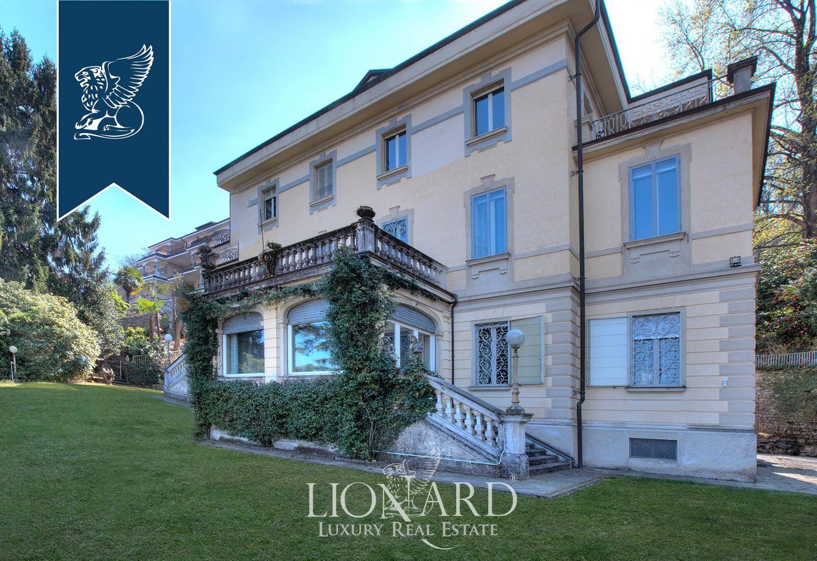 Villa in Vendita a Stresa: 800 mq