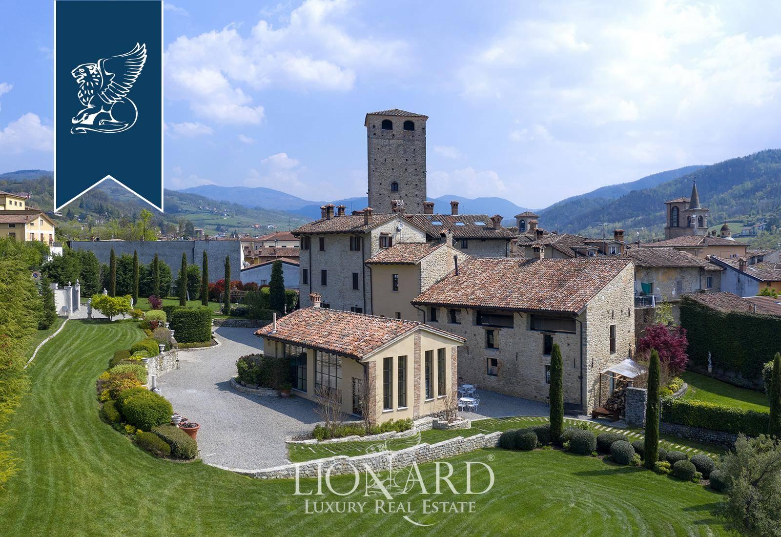 Villa in Vendita a Varzi