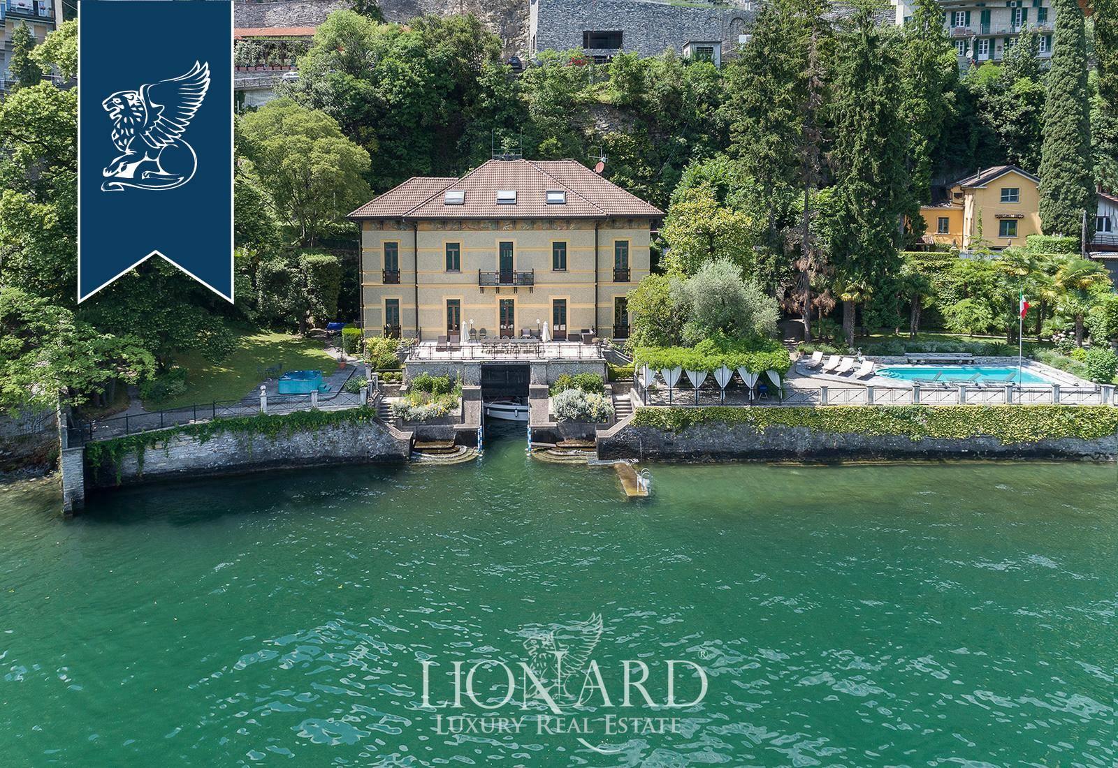 Villa in Vendita a Moltrasio: 700 mq