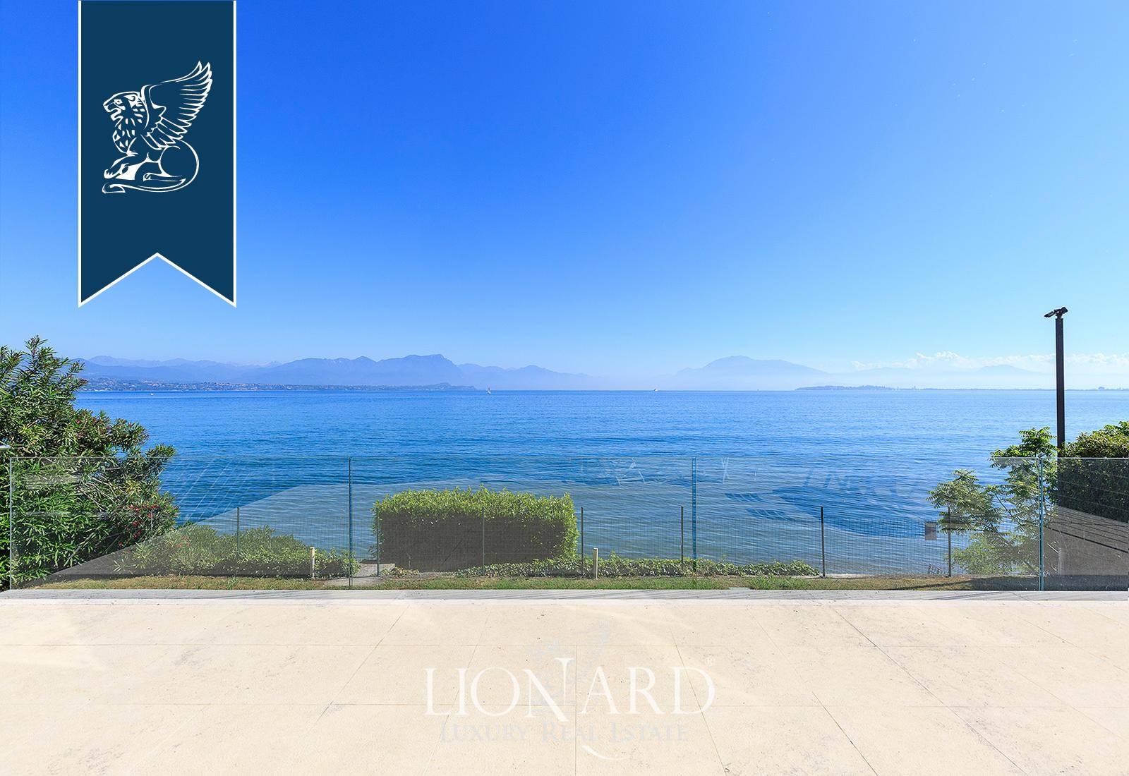 Villa in Vendita a Desenzano Del Garda: 0 locali, 500 mq - Foto 2