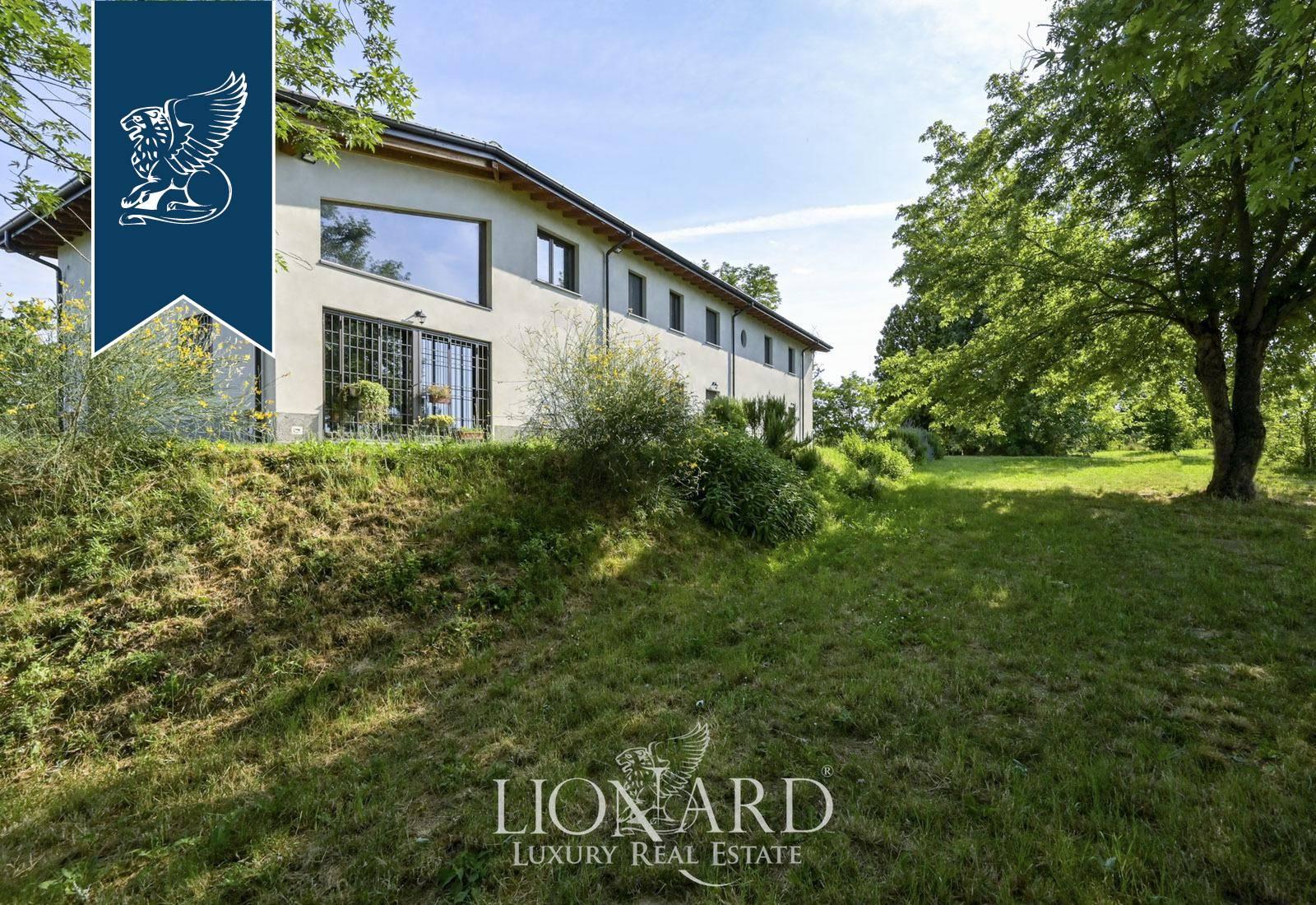 Villa in Vendita a Inverno E Monteleone: 500 mq