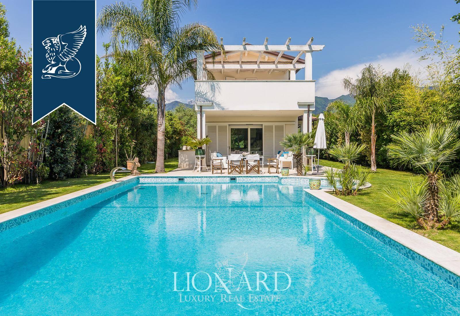 Villa in Vendita a Forte Dei Marmi: 0 locali, 300 mq - Foto 1