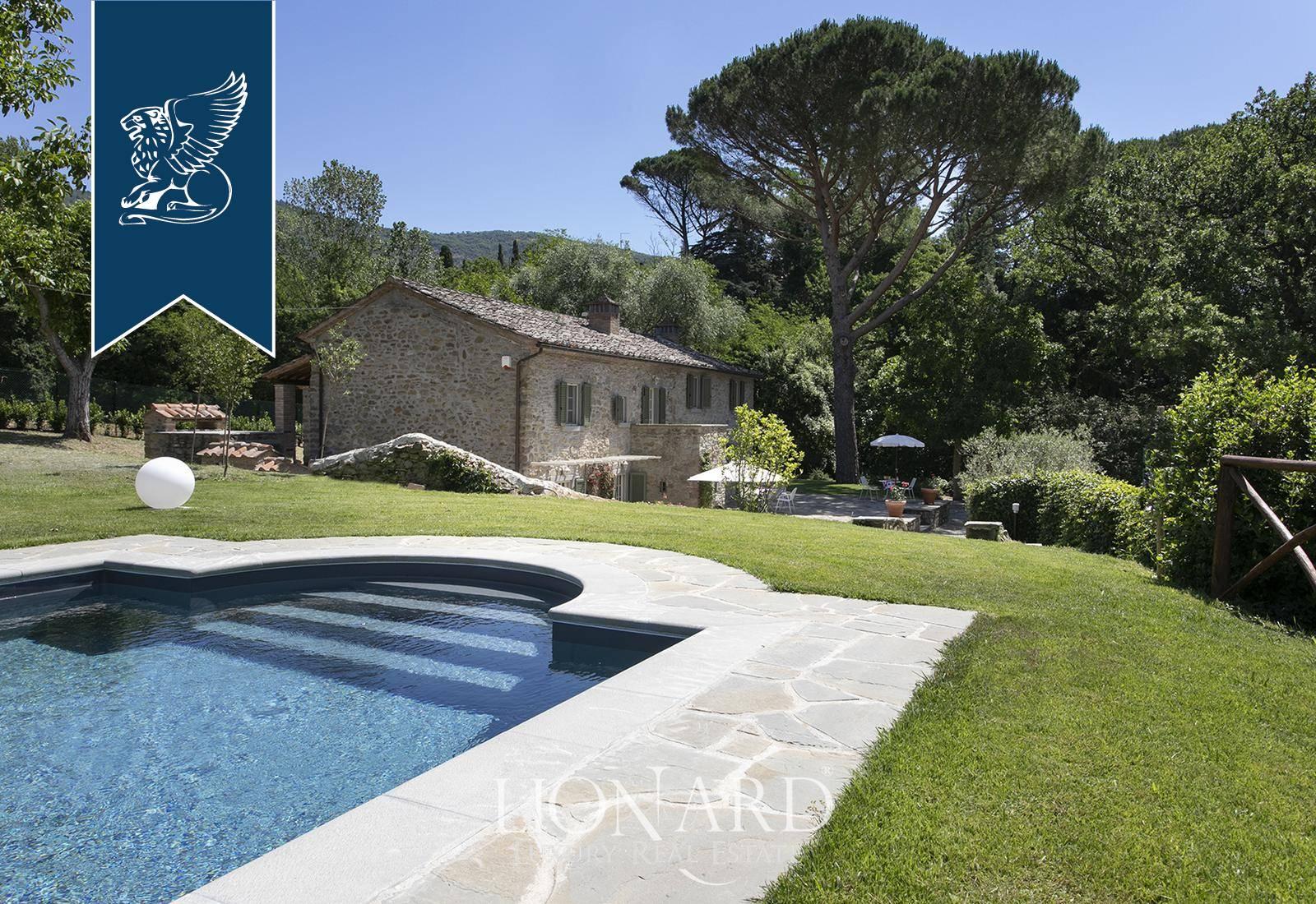 Villa in Vendita a Cortona: 270 mq