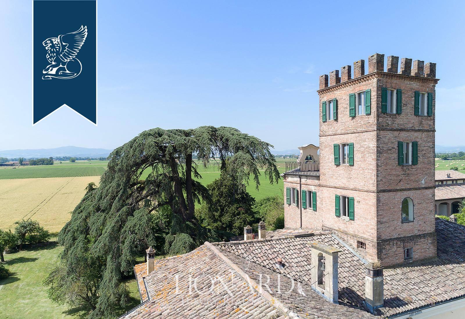 Villa in Vendita a Parma: 0 locali, 2000 mq - Foto 9