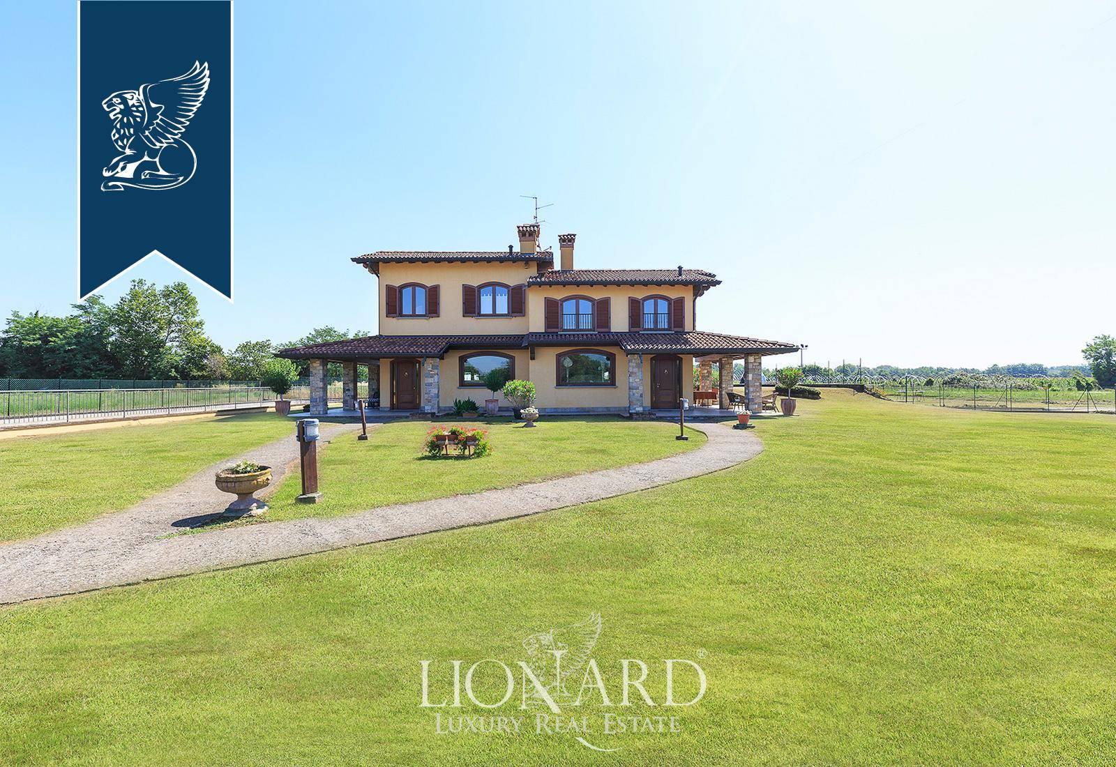 Villa in Vendita a Spirano: 0 locali, 500 mq - Foto 2