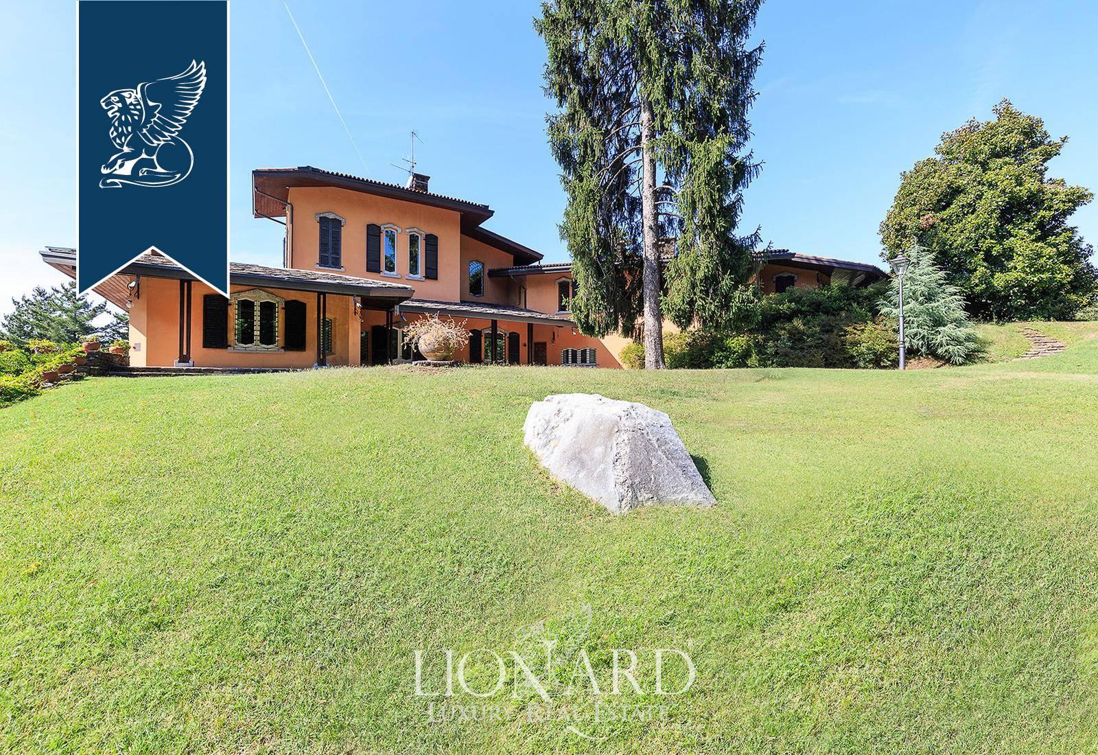 Villa in Vendita a Como: 0 locali, 900 mq - Foto 2