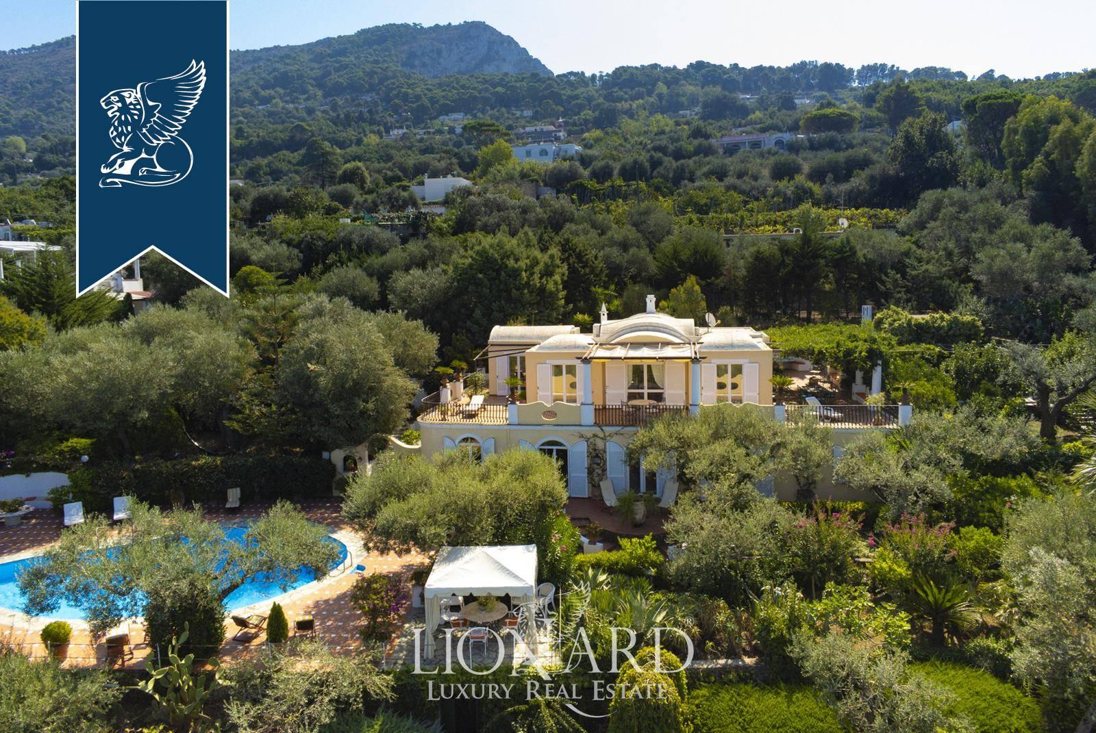 Villa in Vendita a Anacapri: 299 mq