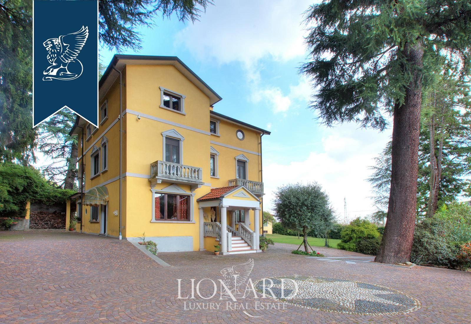 Villa in Vendita a Oleggio