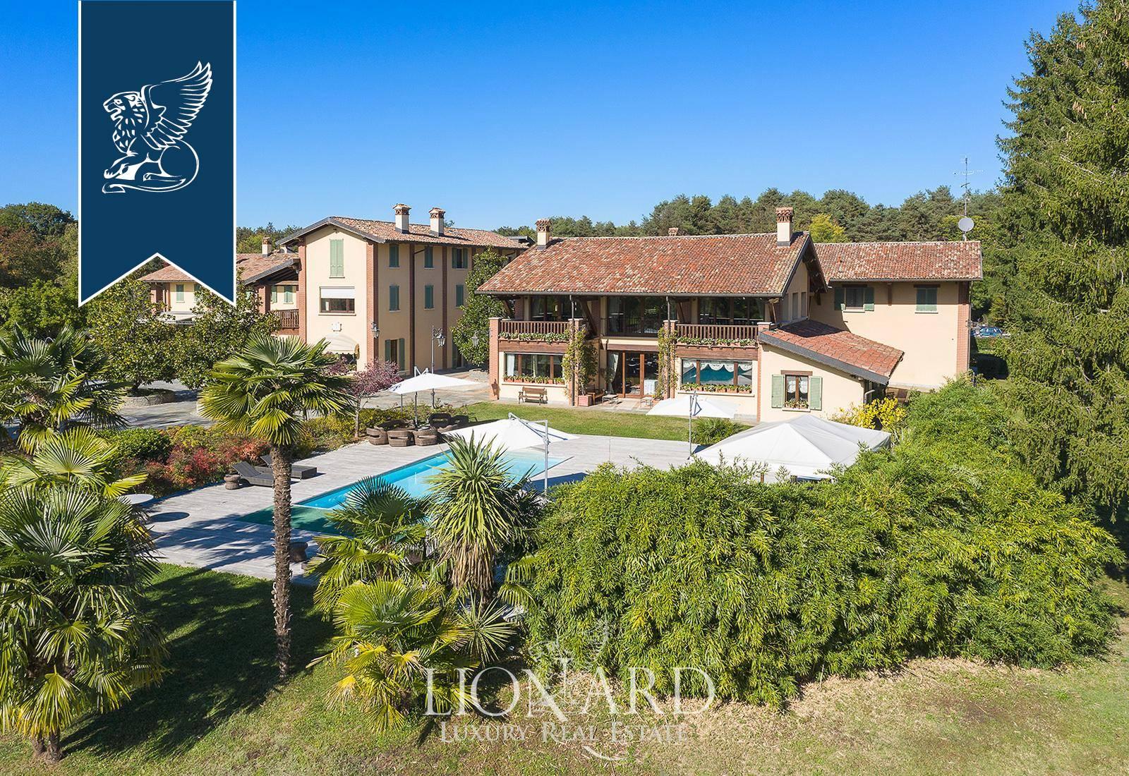 Villa in Vendita a Venegono Superiore: 0 locali, 3200 mq - Foto 2