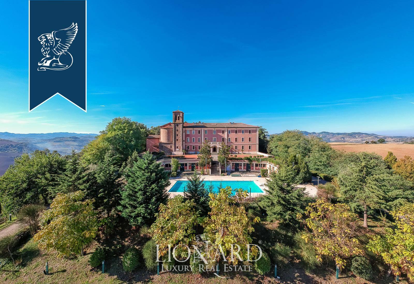 Villa in Vendita a Dozza