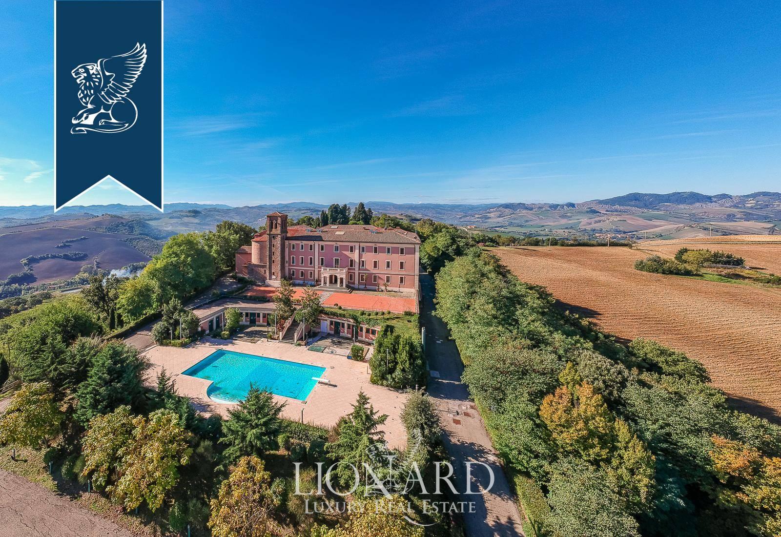 Villa in Vendita a Dozza: 0 locali, 4200 mq - Foto 4