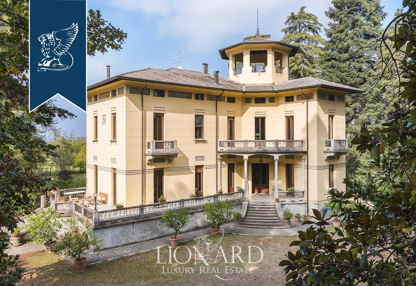 Villa in Vendita a Collecchio: 1000 mq  - Foto 1