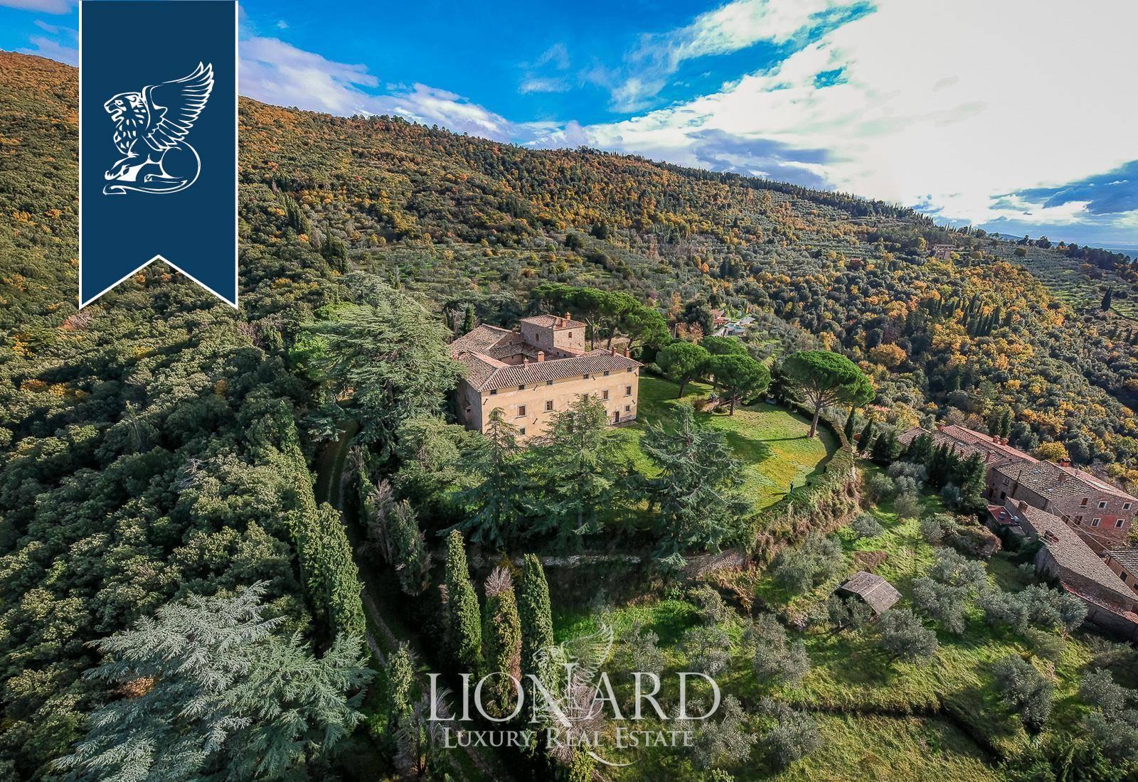 Villa in Vendita a Arezzo