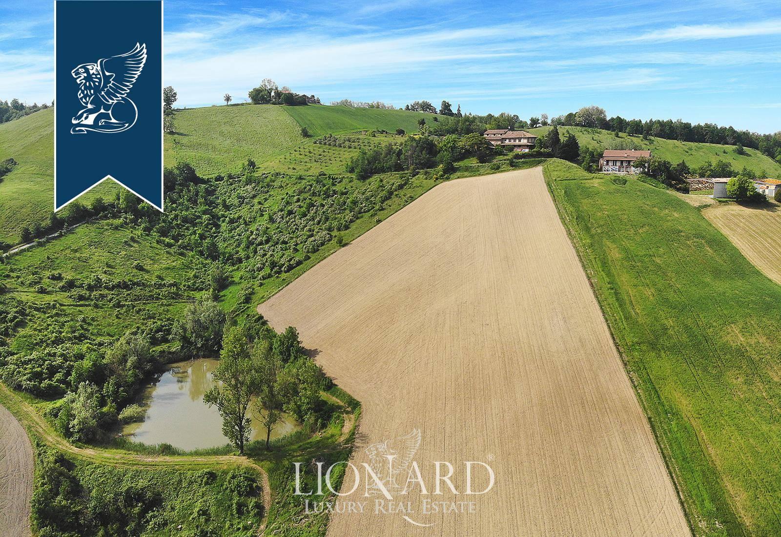 Agriturismo in Vendita a Fidenza: 0 locali, 2400 mq - Foto 2