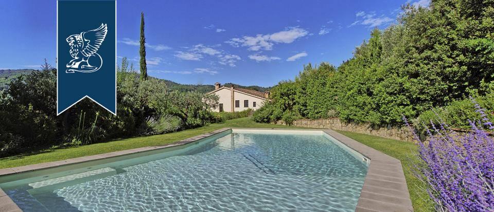 Villa in Vendita a Serravalle Pistoiese: 800 mq