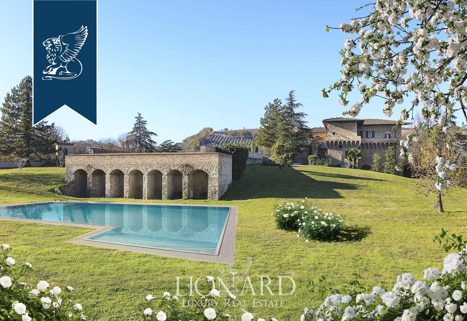 Villa in Vendita a Castrocaro Terme E Terra Del Sole: 0 locali, 4000 mq - Foto 1
