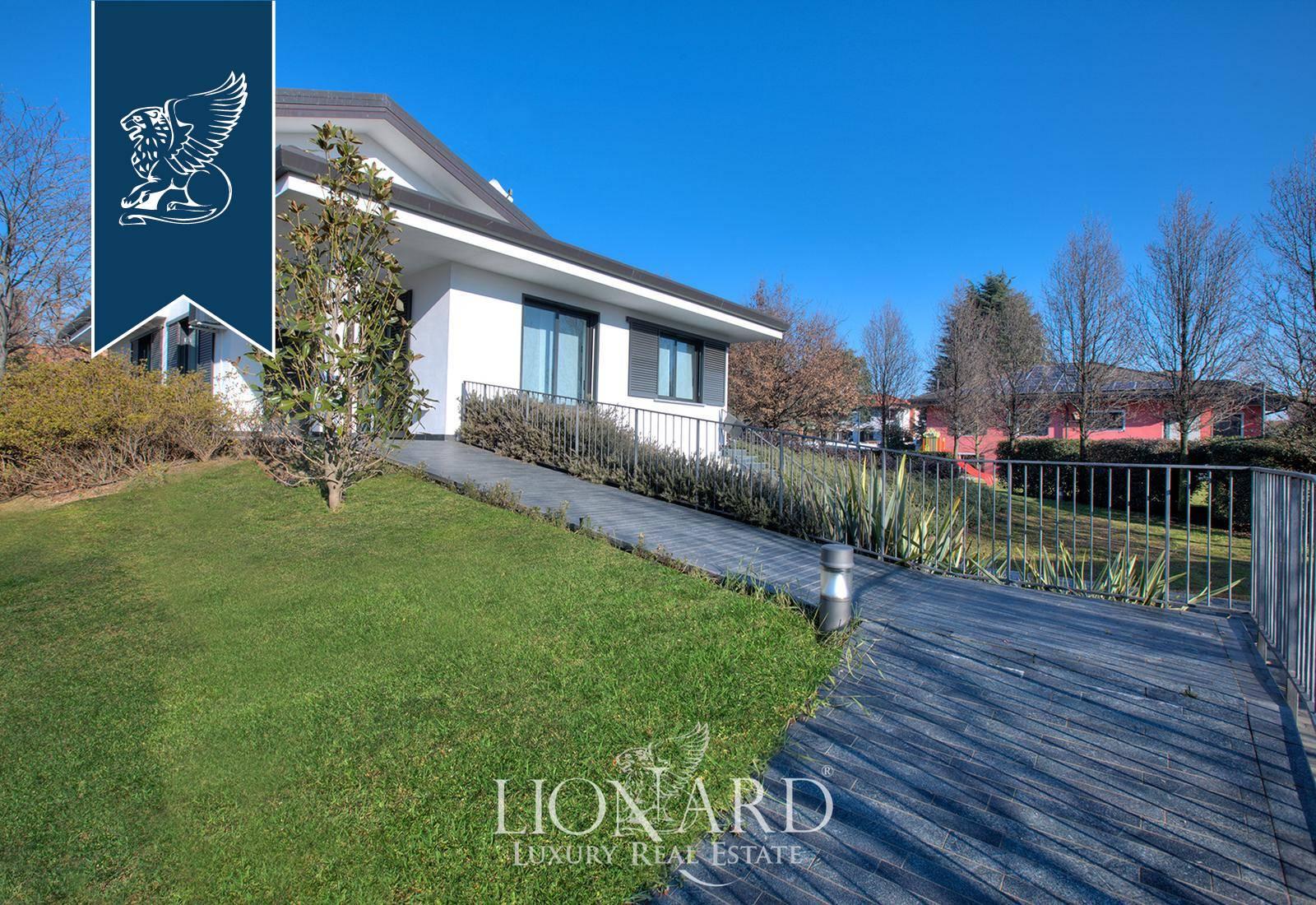Villa in Vendita a Casorezzo: 0 locali, 450 mq - Foto 2