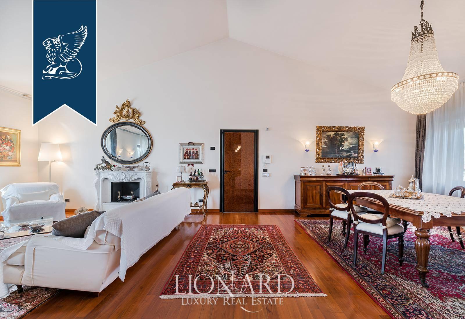 Appartamento in Vendita a Viareggio: 0 locali, 400 mq - Foto 3