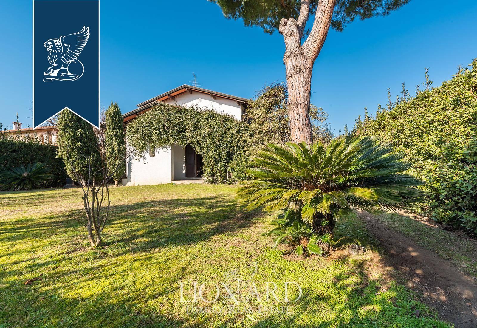 Villa in Vendita a Forte Dei Marmi: 0 locali, 220 mq - Foto 1