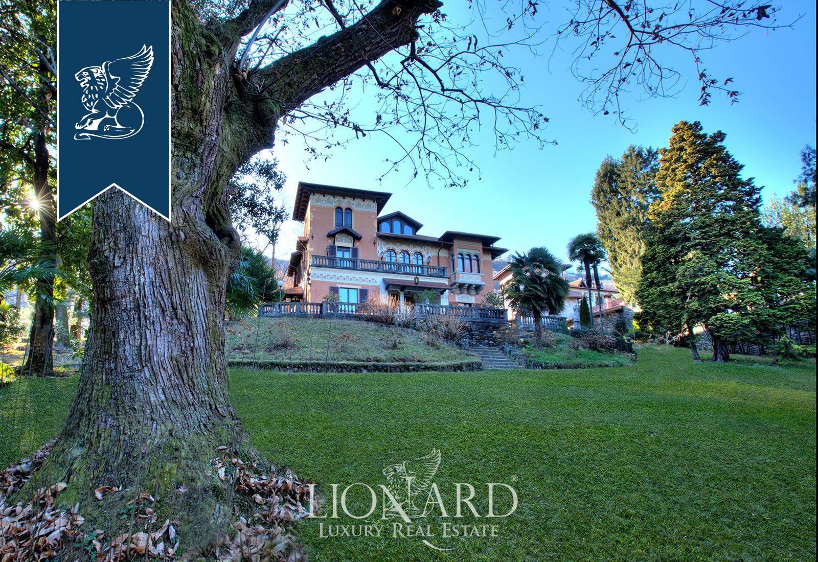 Villa in Vendita a Stresa: 810 mq