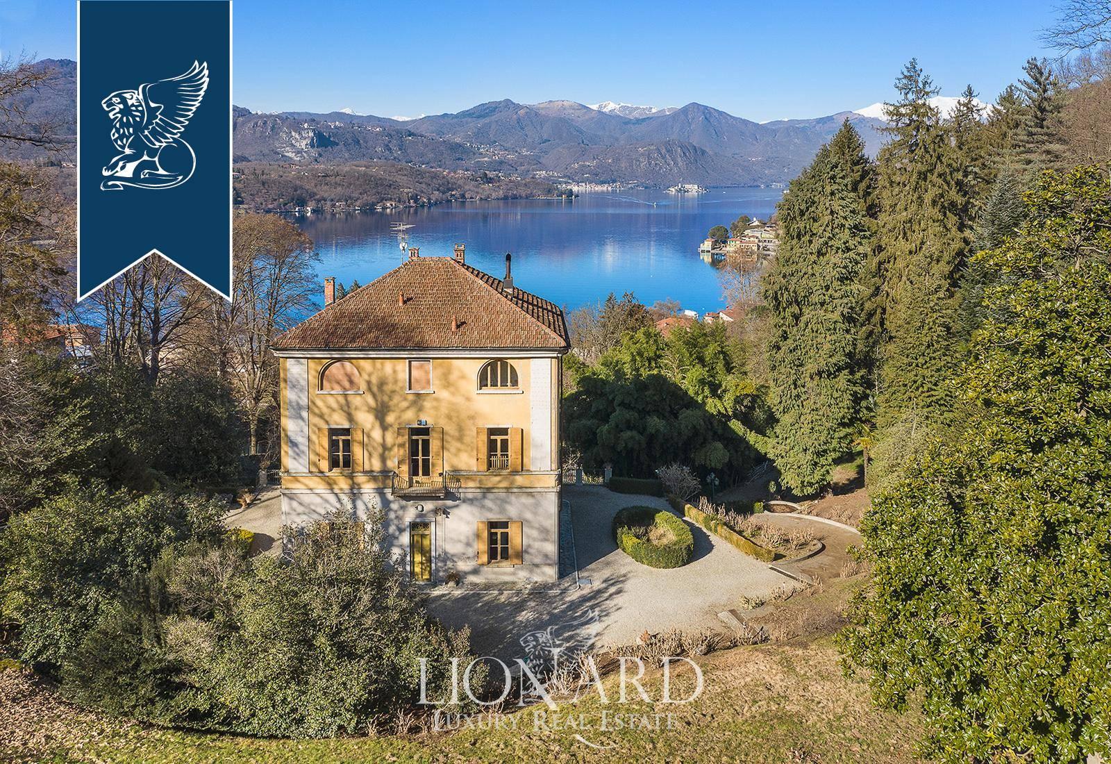 Villa in Vendita a Gozzano: 600 mq