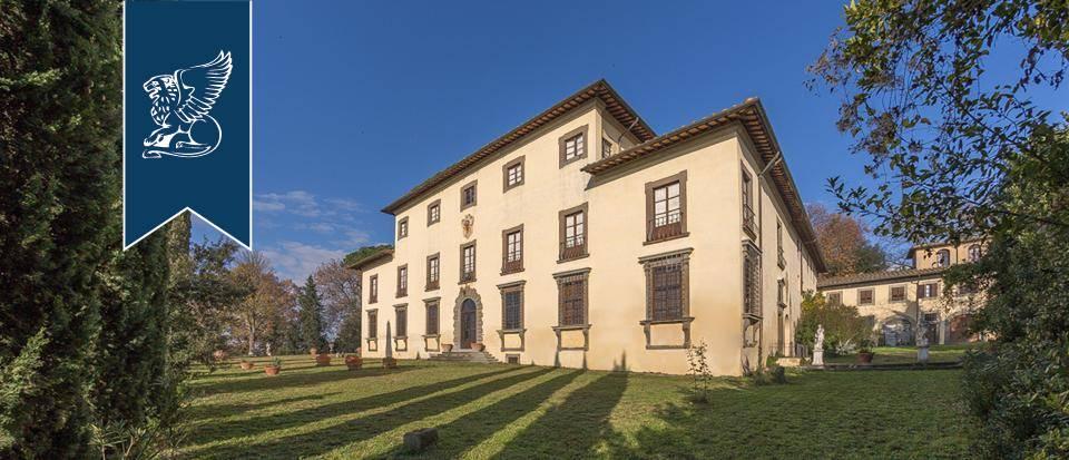 Villa in Vendita a Castelfiorentino