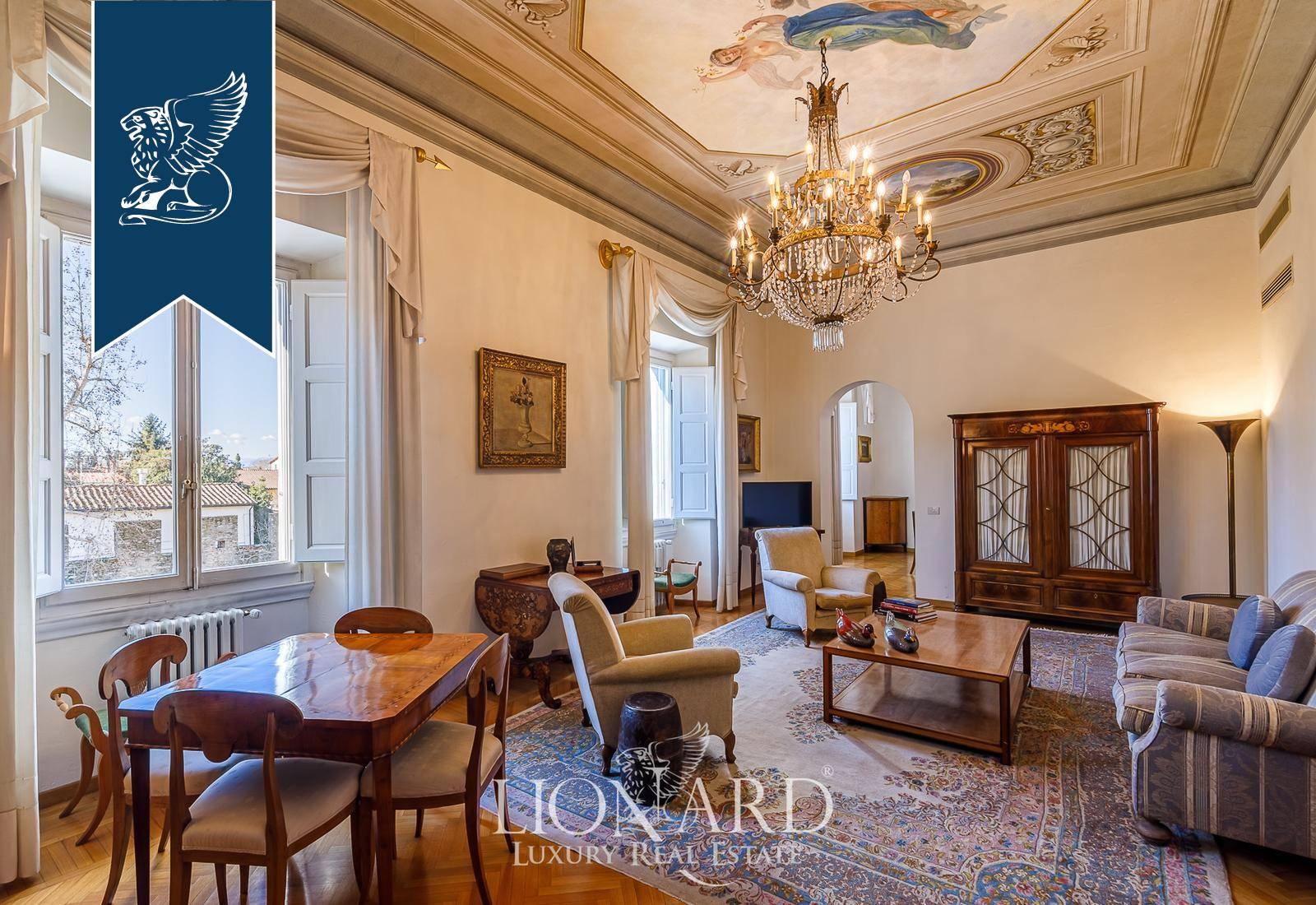 Appartamento in Vendita a Firenze: 280 mq