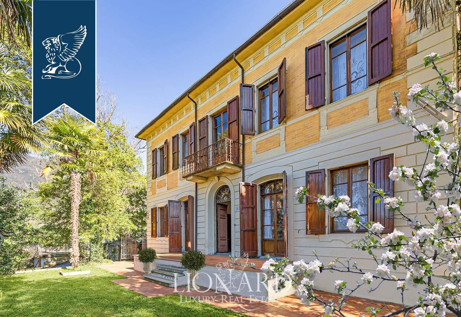 Villa in Vendita a Camaiore: 0 locali, 550 mq - Foto 1
