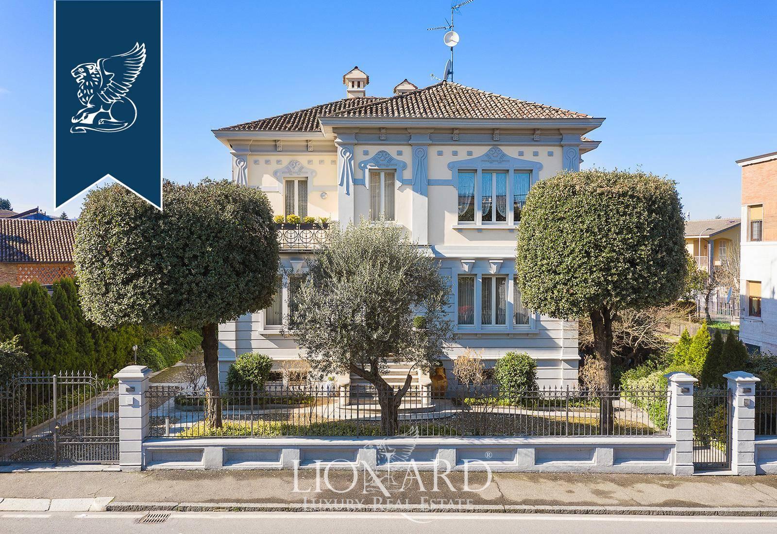 Villa in Vendita a Broni: 600 mq