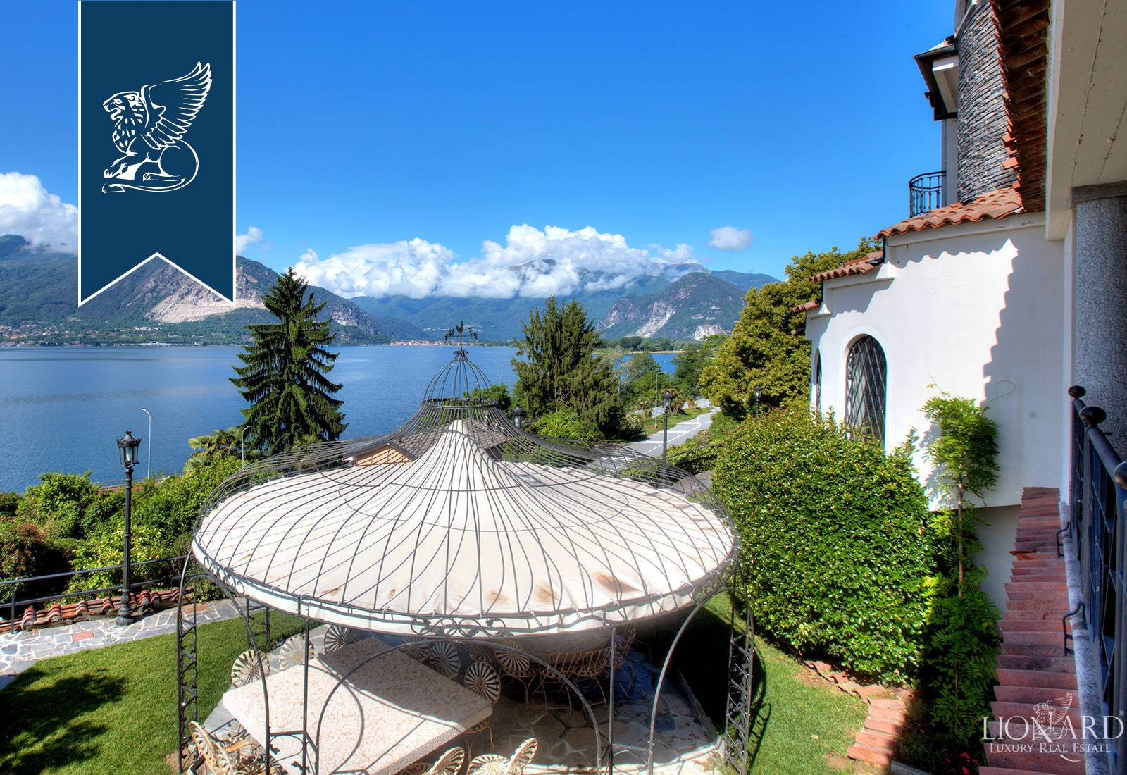 Villa in Vendita a Verbania: 0 locali, 750 mq - Foto 2