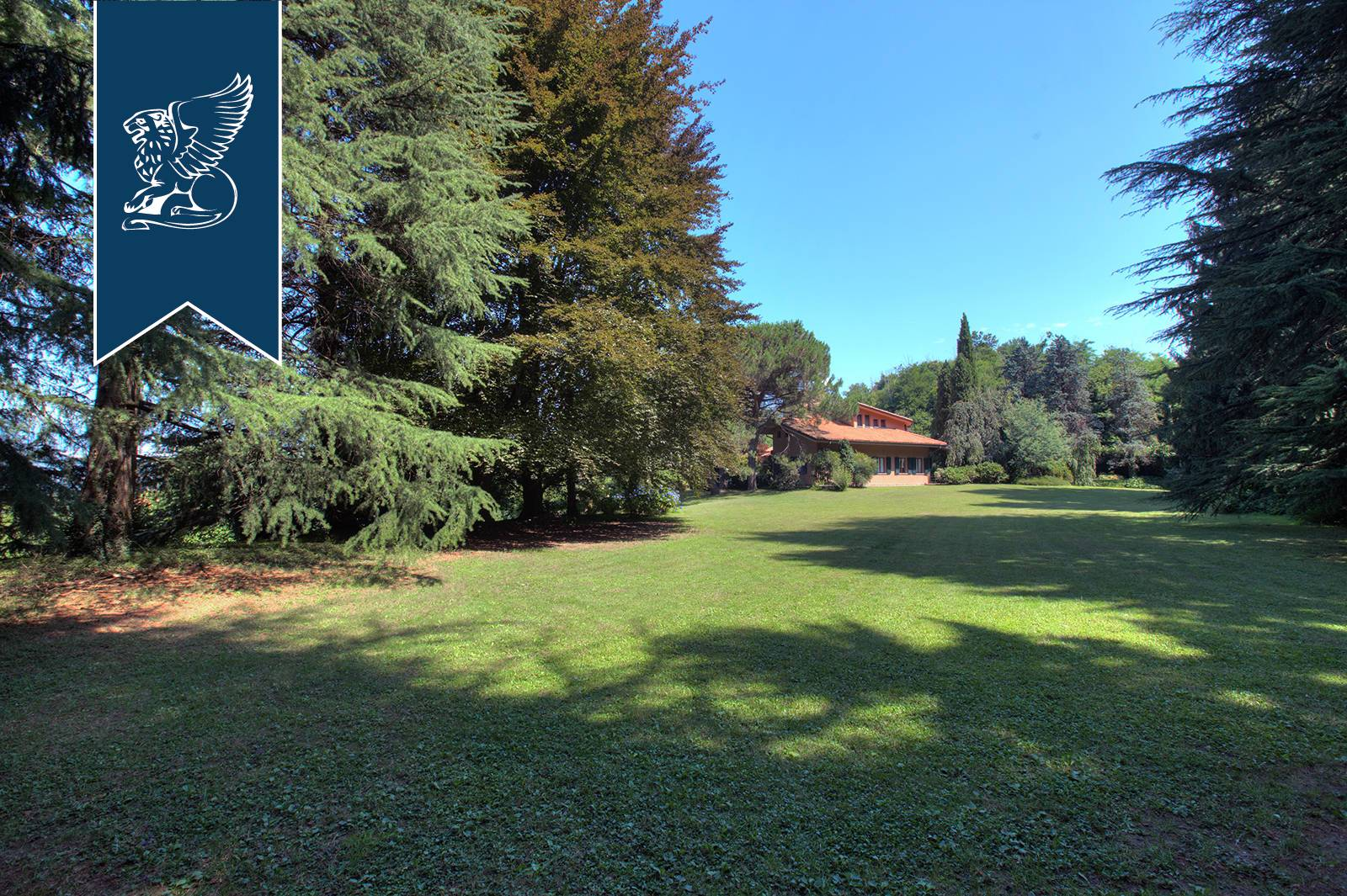 Villa in Vendita a Oggiono: 0 locali, 500 mq - Foto 8