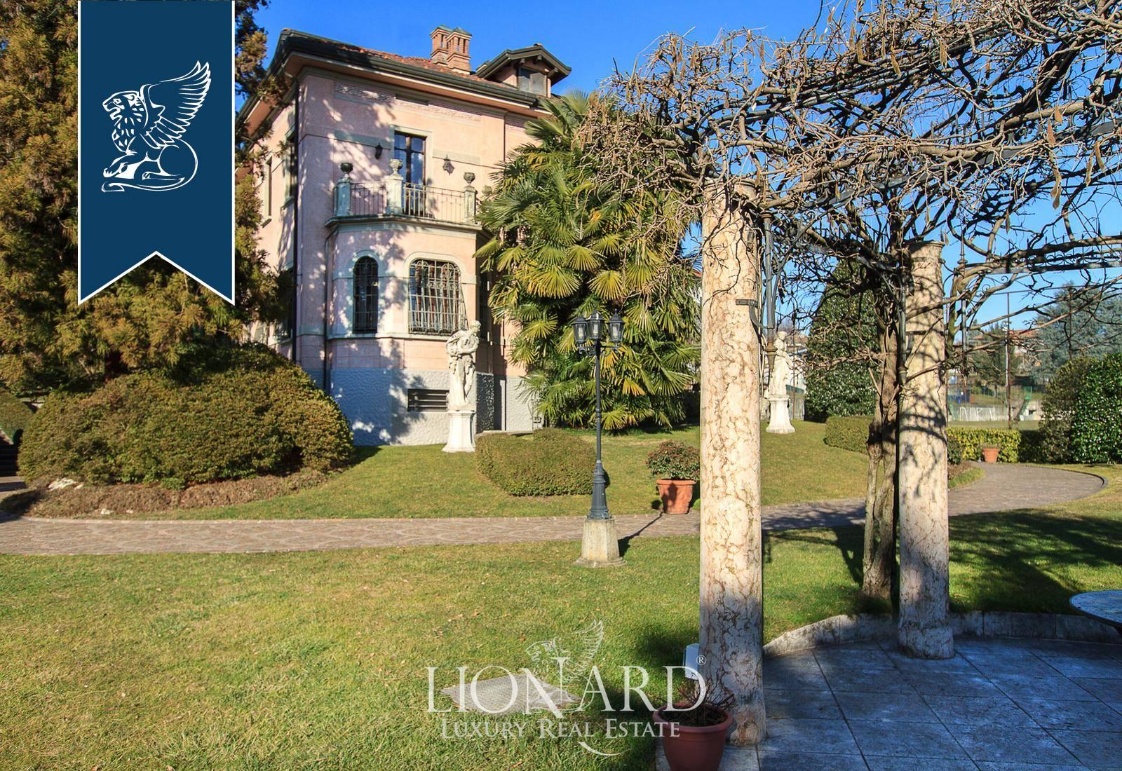 Villa in Vendita a Ternate