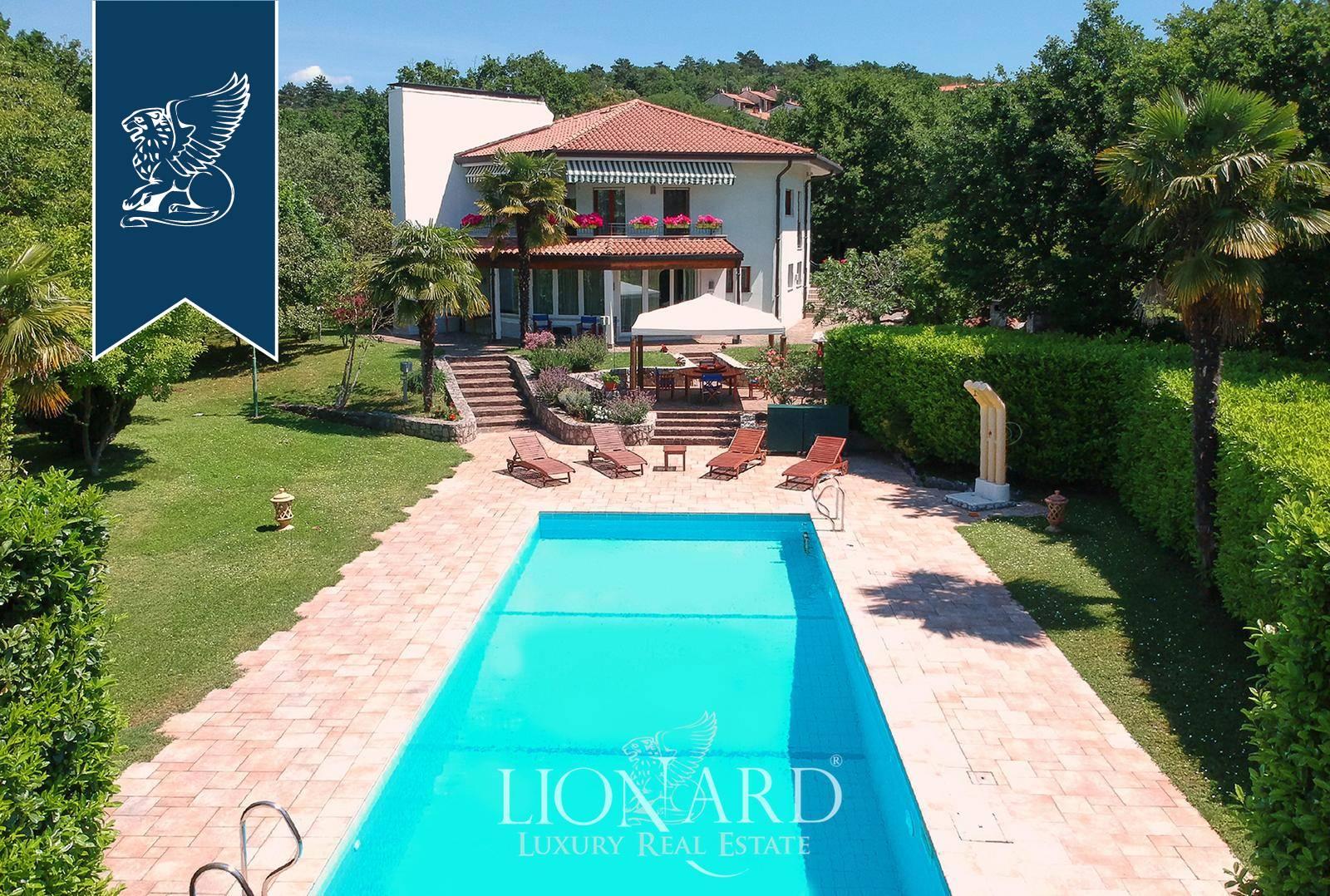 Villa in Vendita a Duino-Aurisina: 290 mq