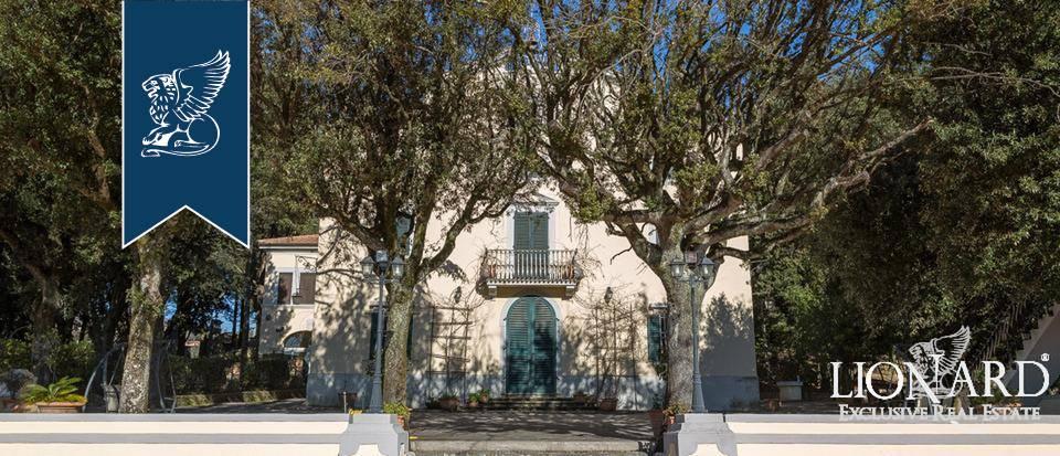 Villa in Vendita a Lamporecchio
