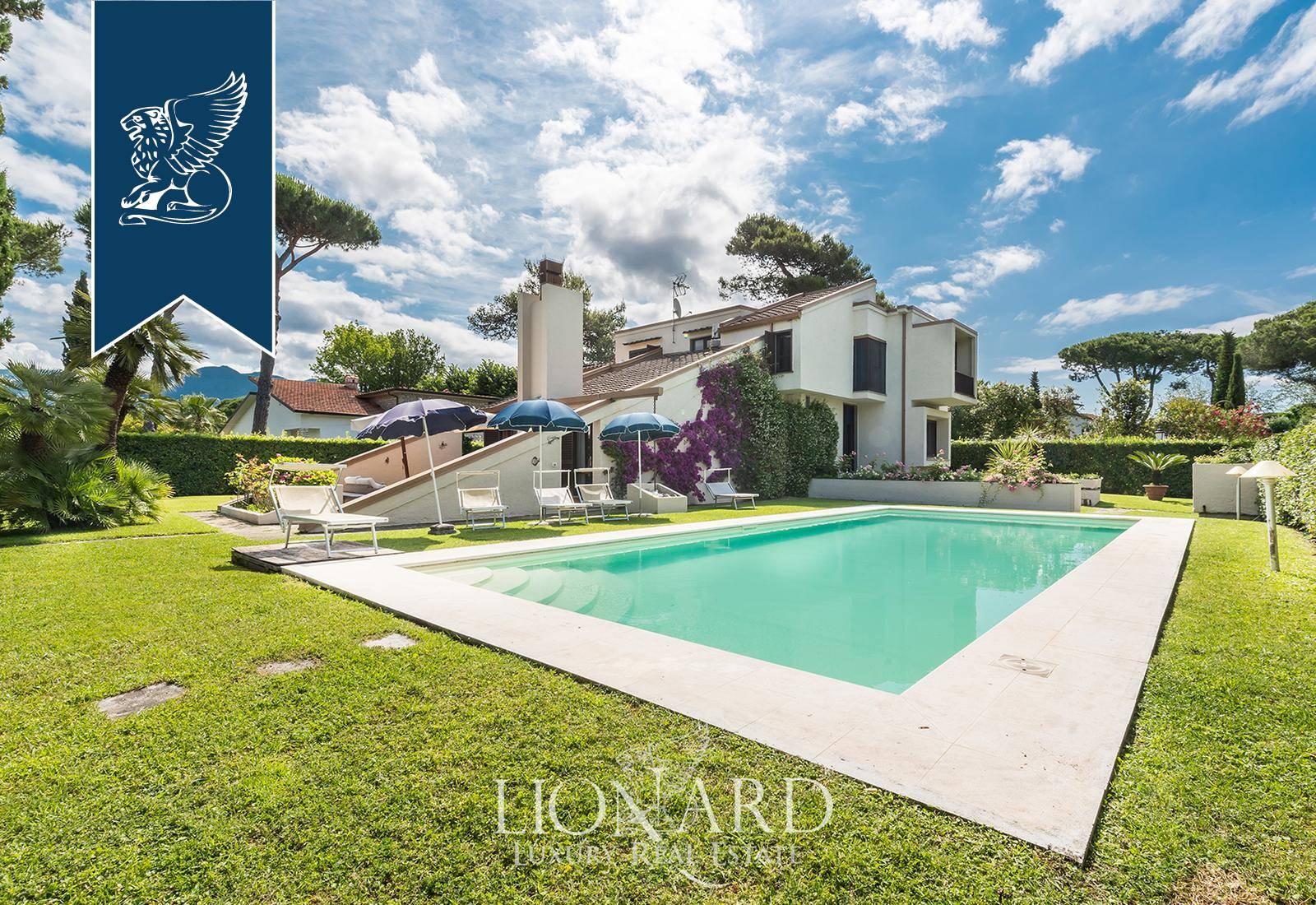 Villa in Vendita a Forte Dei Marmi: 0 locali, 245 mq - Foto 1