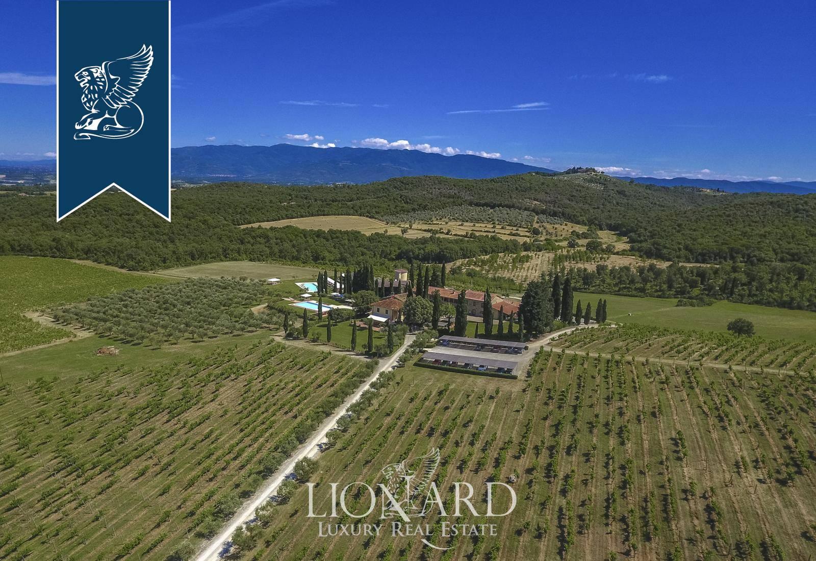 Agriturismo in Vendita a Bucine: 1530 mq