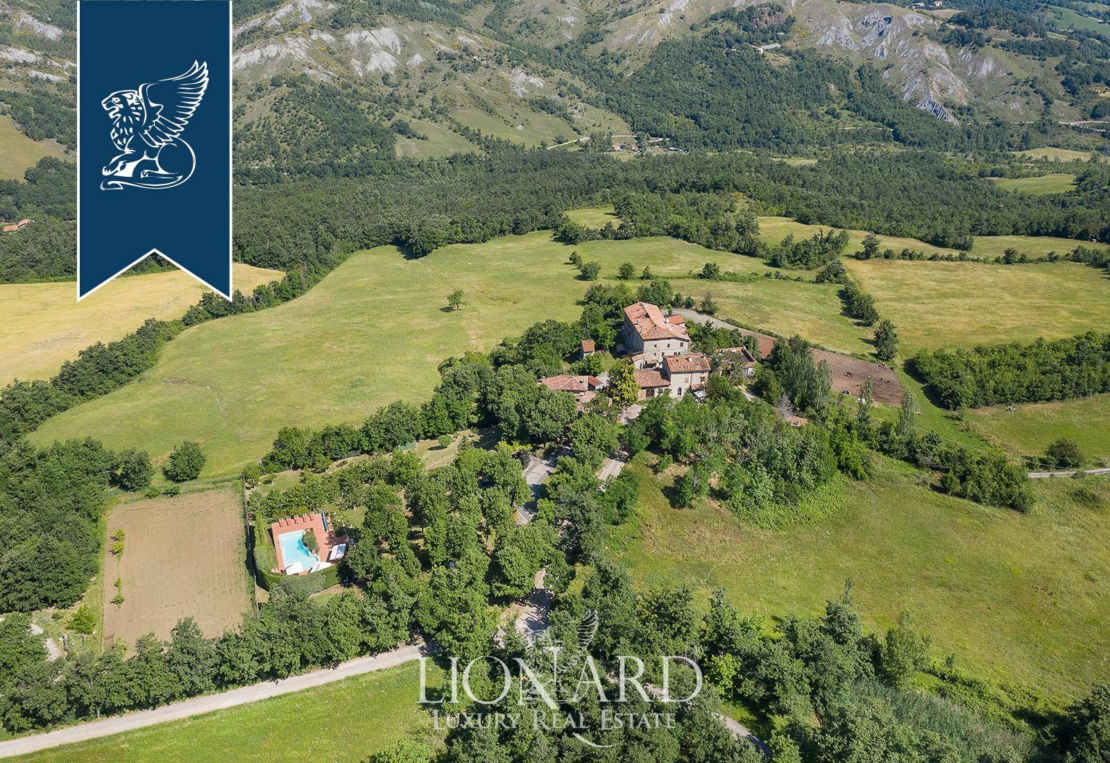 Villa in Vendita a Grizzana Morandi: 480 mq