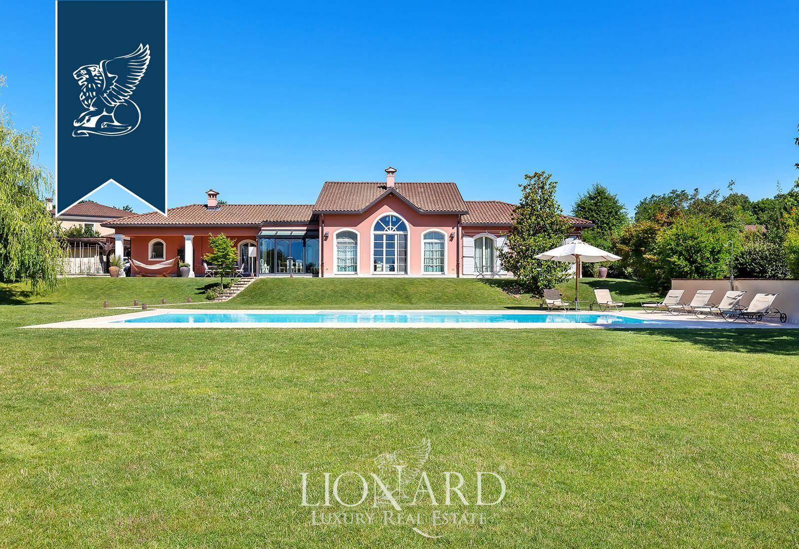 Villa in Vendita a Bogogno: 0 locali, 370 mq - Foto 2