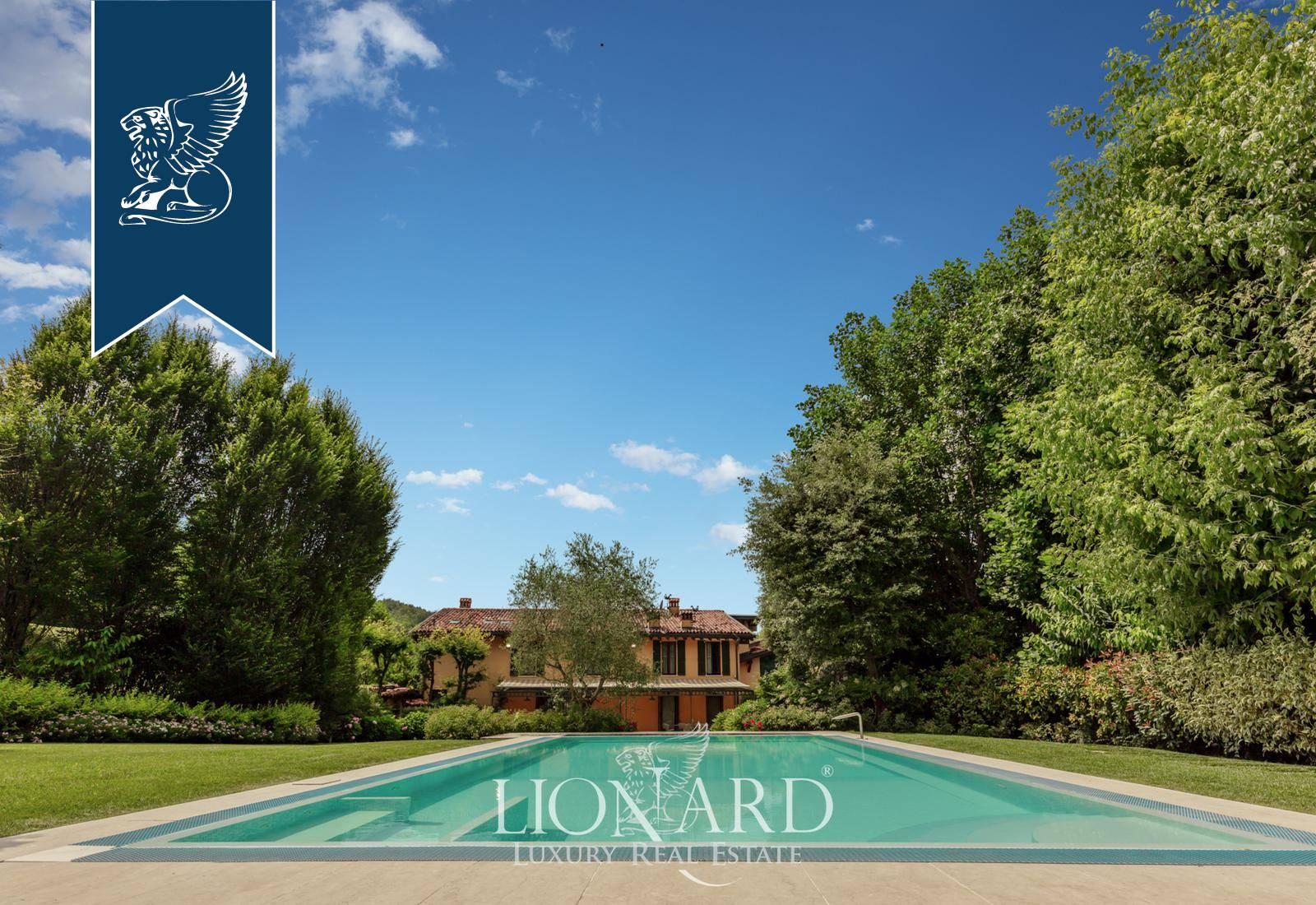 Villa in Vendita a Brescia: 830 mq