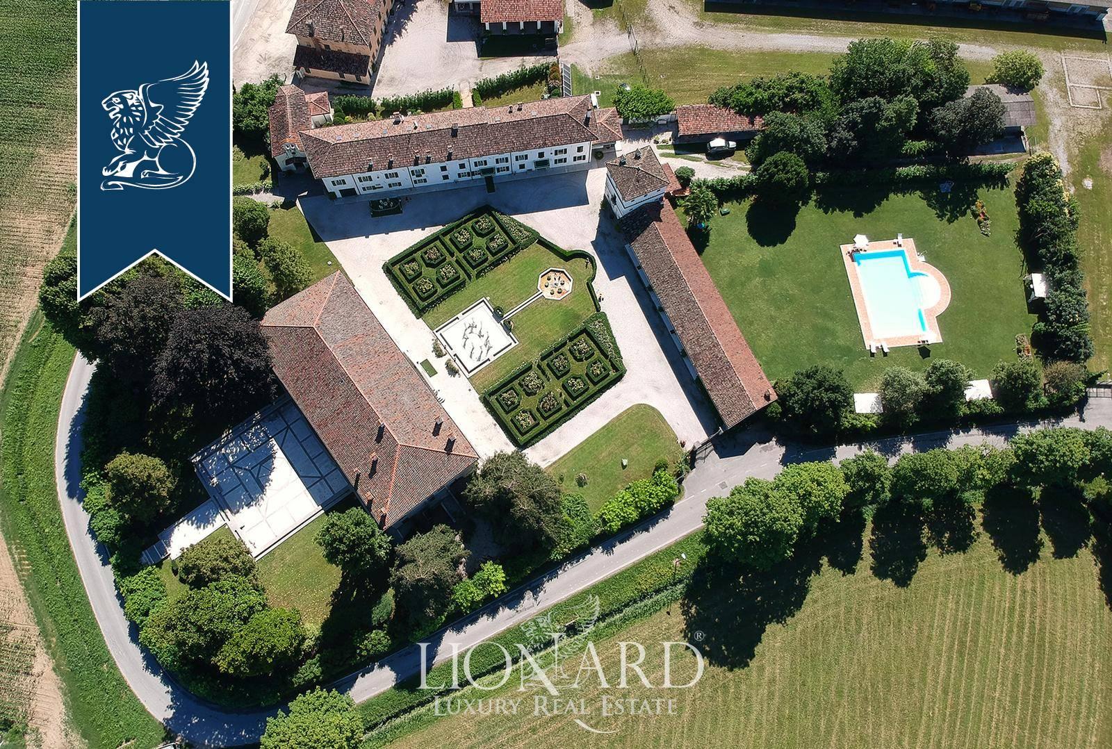 Villa in Vendita a Morsano Al Tagliamento: 8577 mq