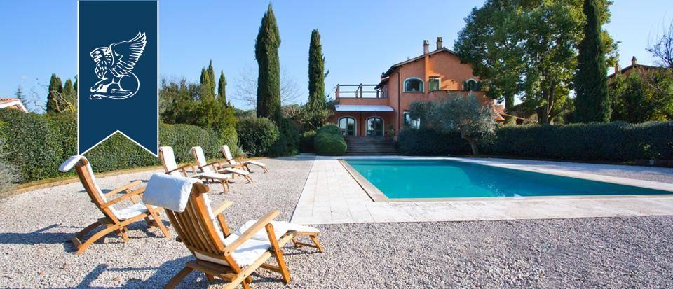 Villa in Vendita a Roma: 500 mq