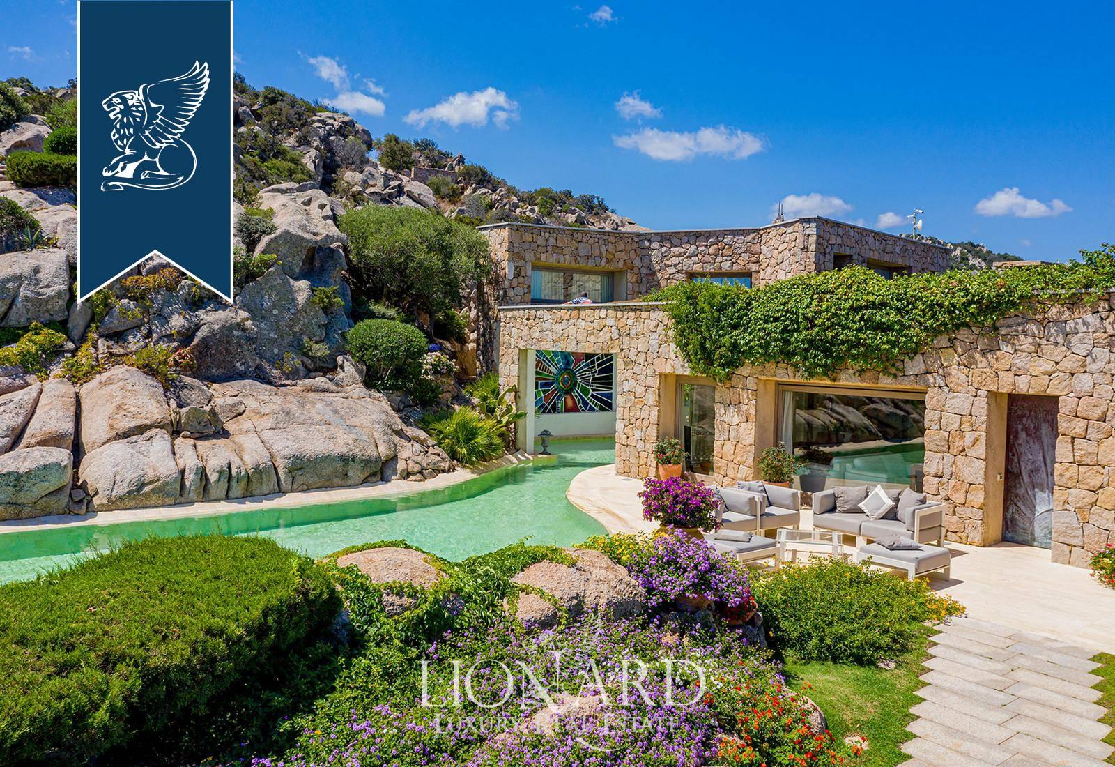 Villa in Vendita a Arzachena: 0 locali, 1320 mq - Foto 3