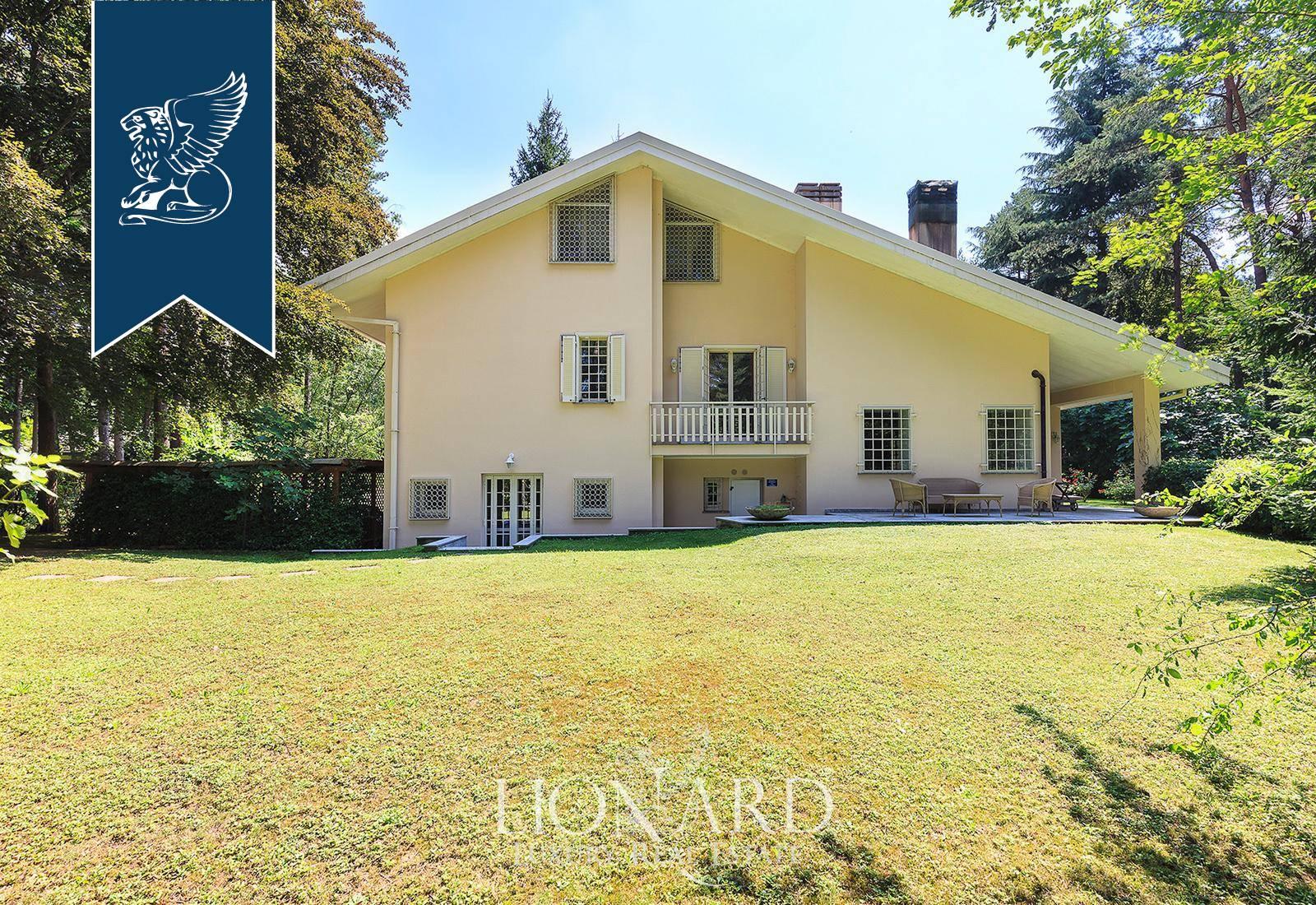 Villa in Vendita a Appiano Gentile: 0 locali, 735 mq - Foto 2