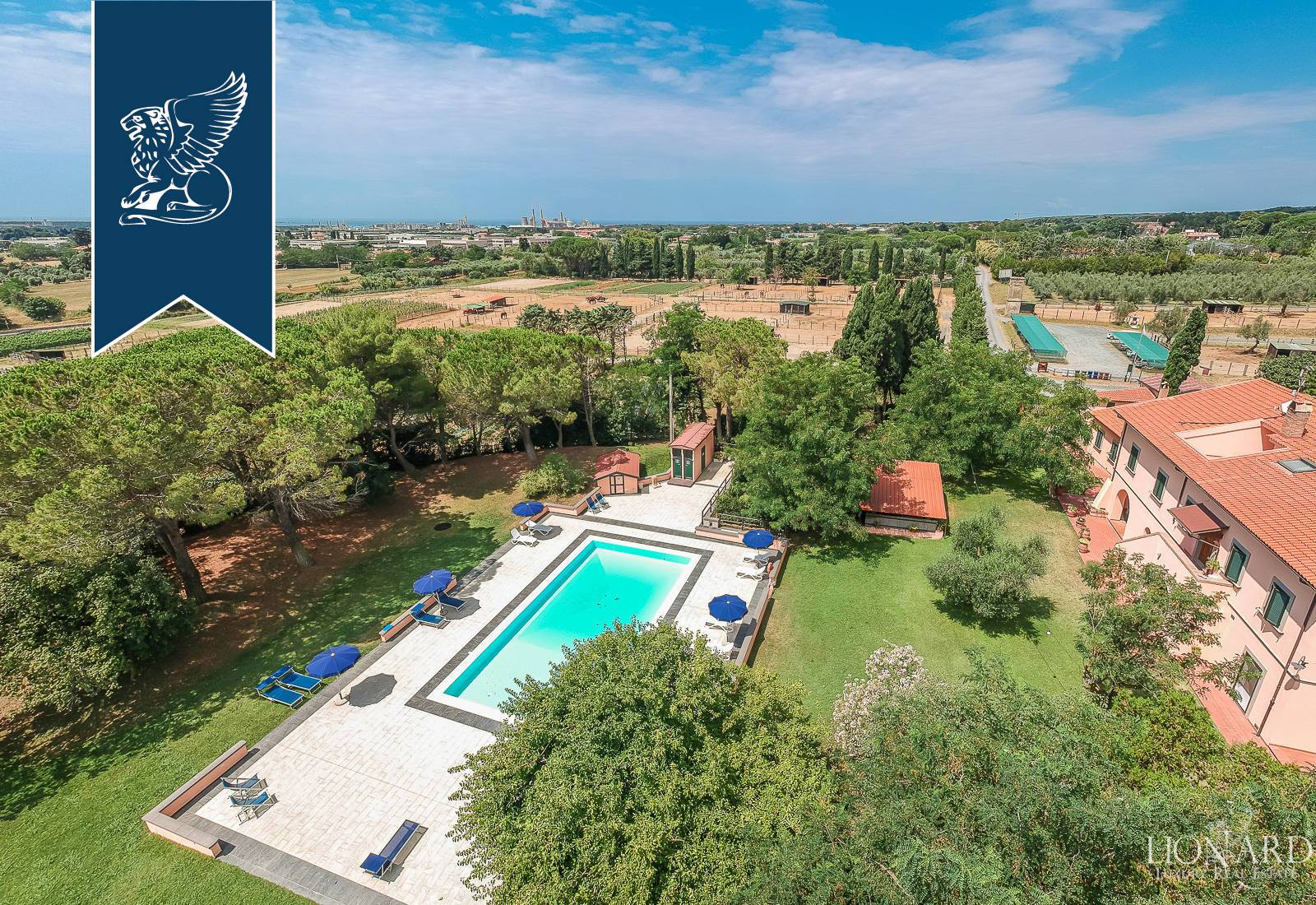 Azienda in Vendita a Rosignano Marittimo: 0 locali, 1220 mq - Foto 3
