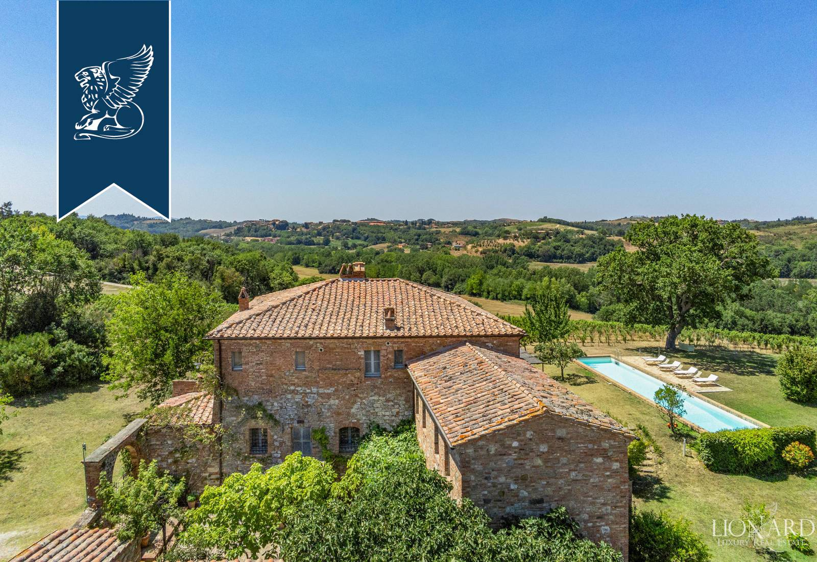 Azienda in Vendita a Montalcino: 0 locali, 1410 mq - Foto 6